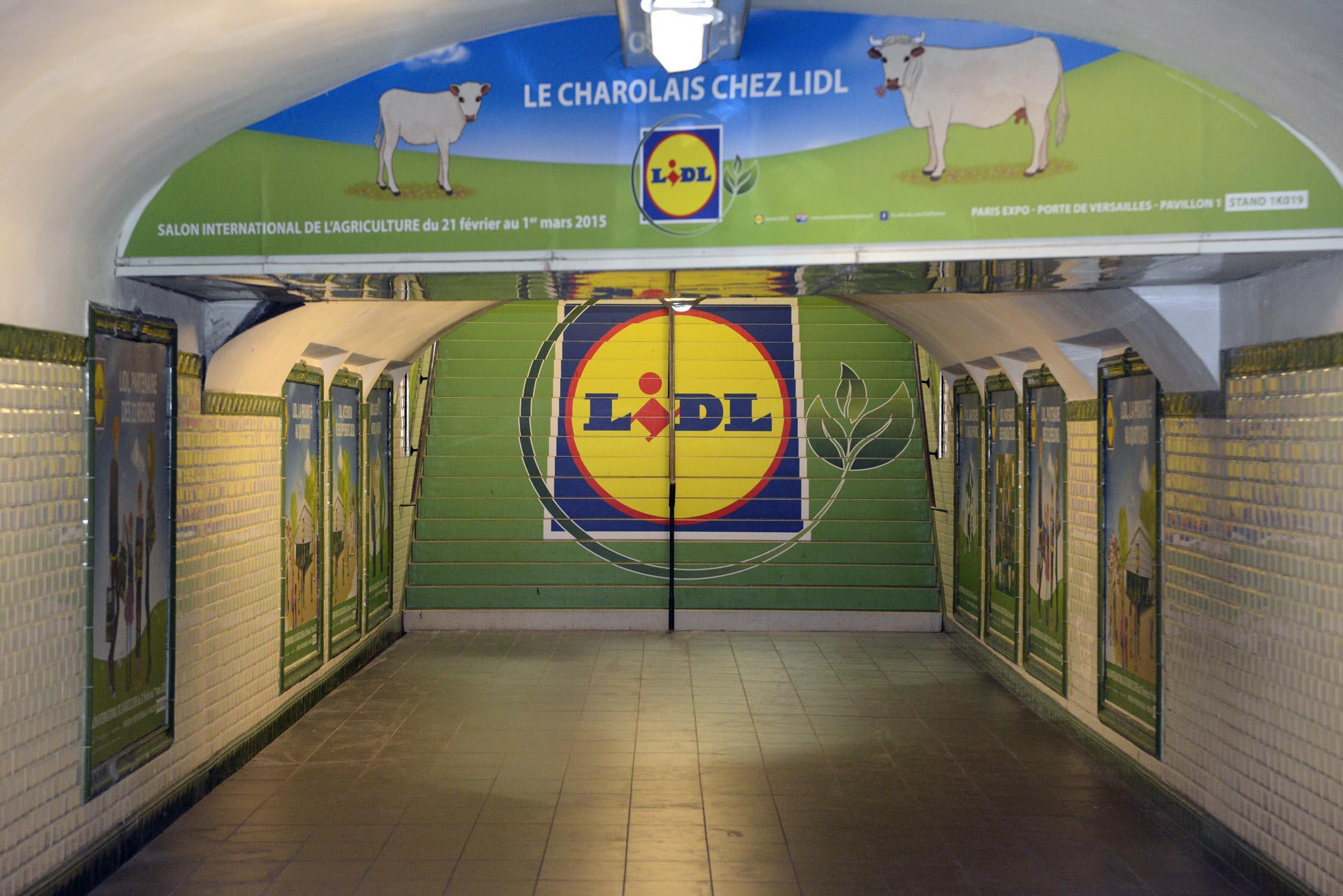 L 39 id al c 39 est lidl m diatransports for Porte de versailles salon metro